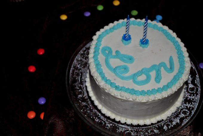 Diese Torte sieht nicht nur wunderschön aus, sie schmeckt auch wirklich sehr lecker.