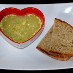 Brokkolisuppe mit Frischkäse
