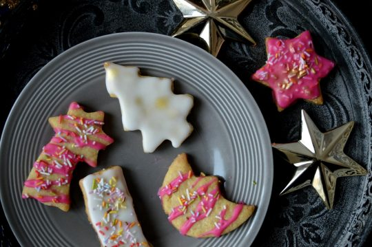 Weihnachtsplätzchen Ausstecher mit Zuckerguss