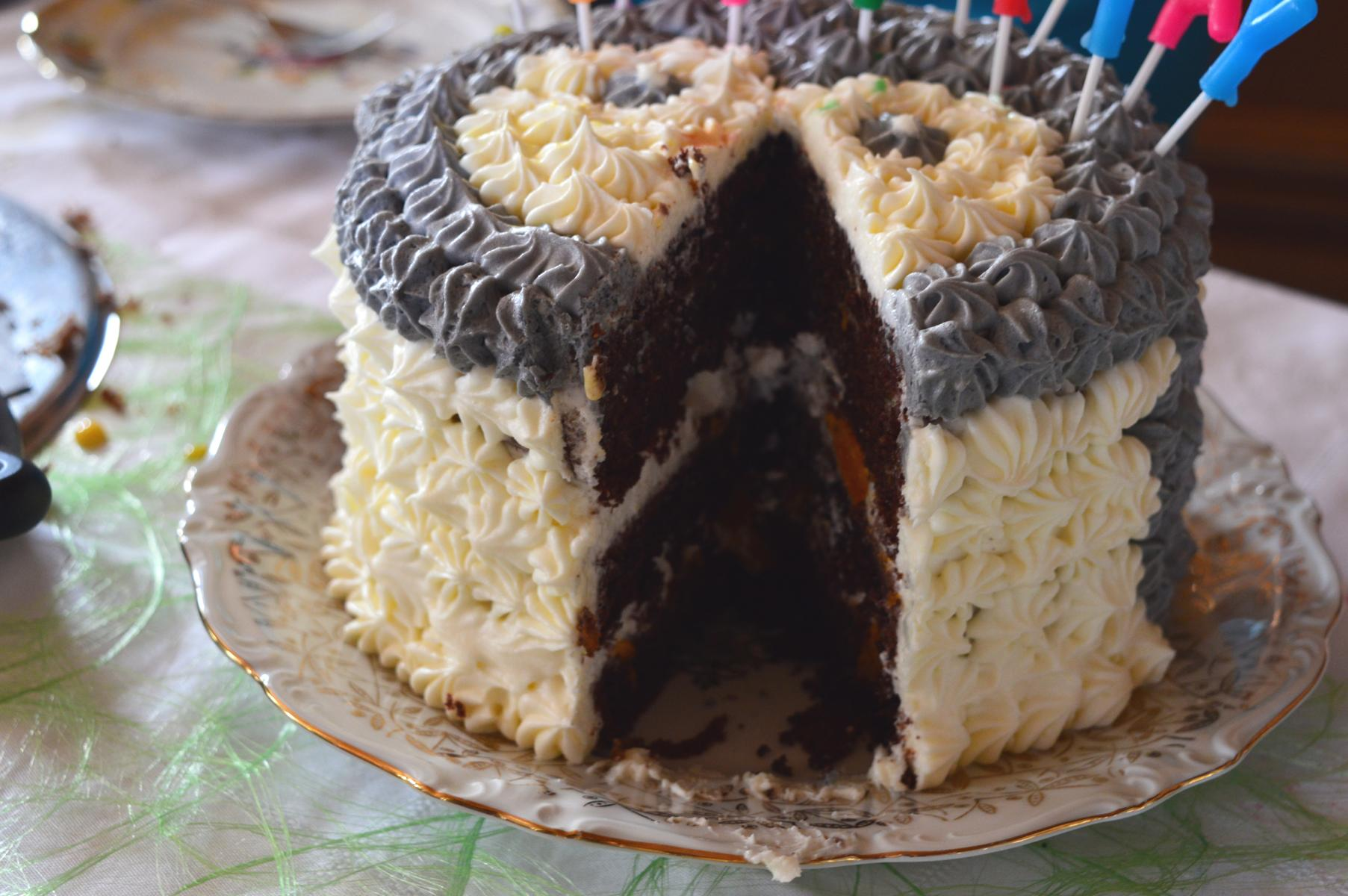 Lustige Torte Pinguin für Kindergeburtstag