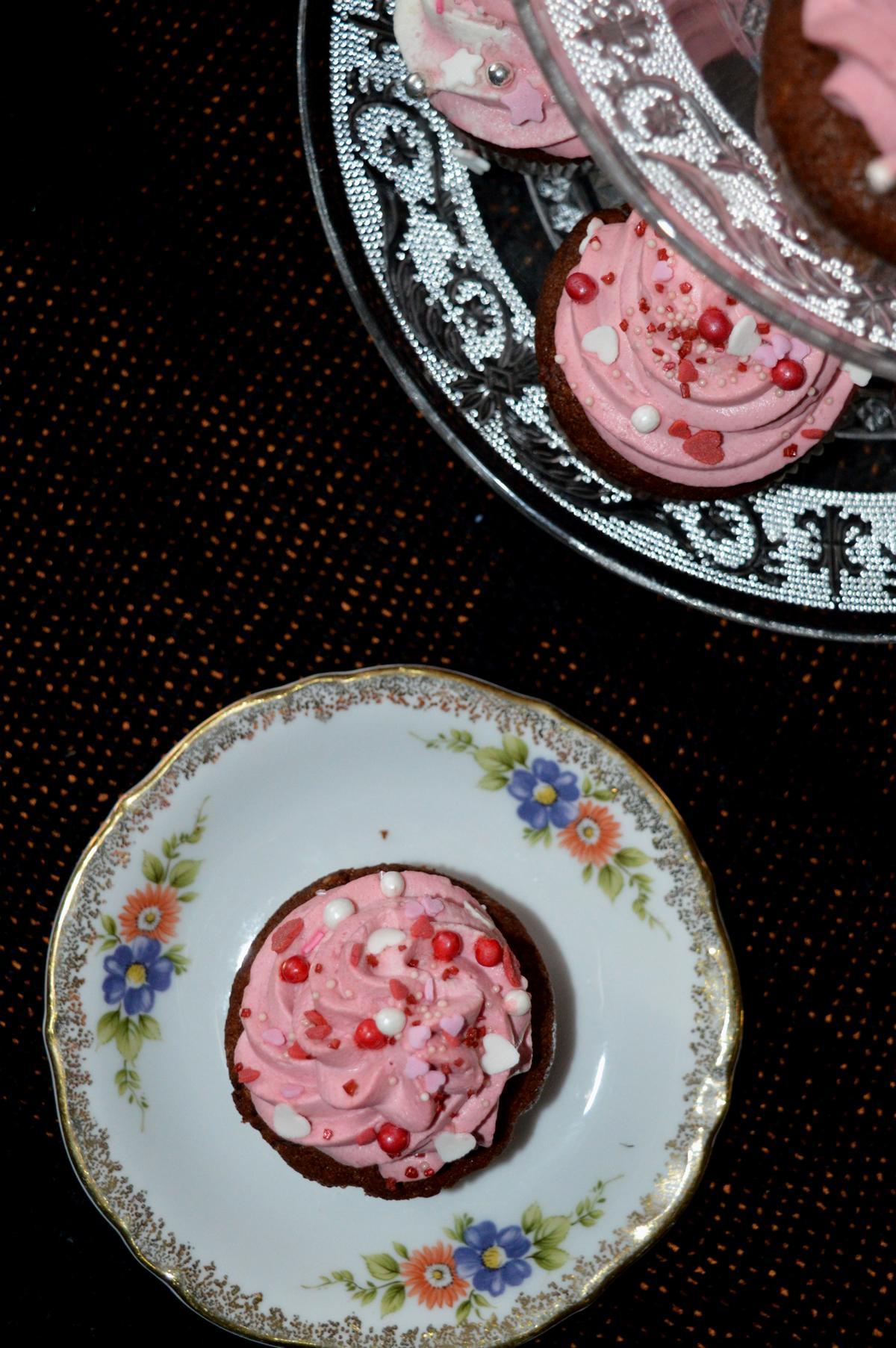 Cupcakes mit Haselnuss und Sahne