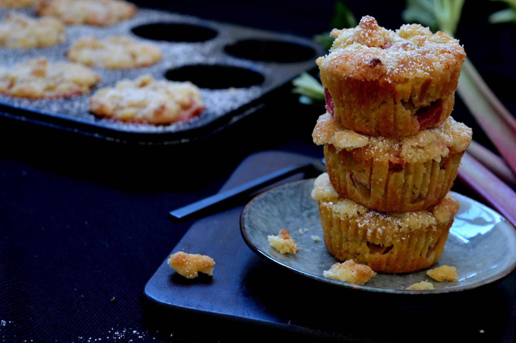 Schnelle Rhabarber-Steusel-Muffins